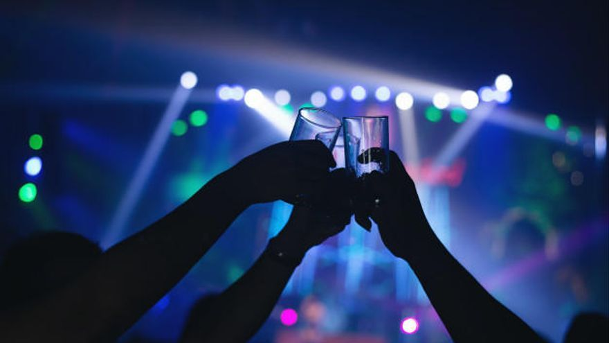 Nueva medidas covid Murcia: Reabre el ocio nocturno sin bailes y con los clientes sentados