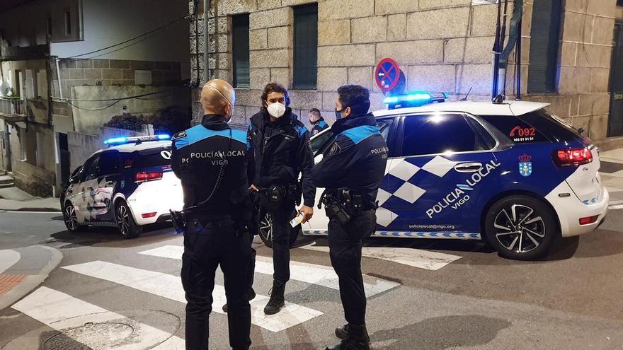 Detenido en Vigo por dar patadas y puñetazos a agentes de la Policía Local