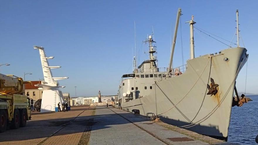 Atraca en Vigo uno de los buques más antiguos de la Armada