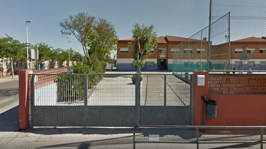 """Críticas al """"deficiente estado"""" del colegio San Cristóbal de Los Dolores"""
