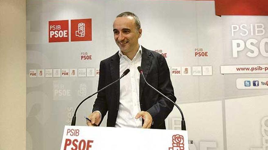 Pons exige al ministro Nadal que aclare sus críticas contra Balears