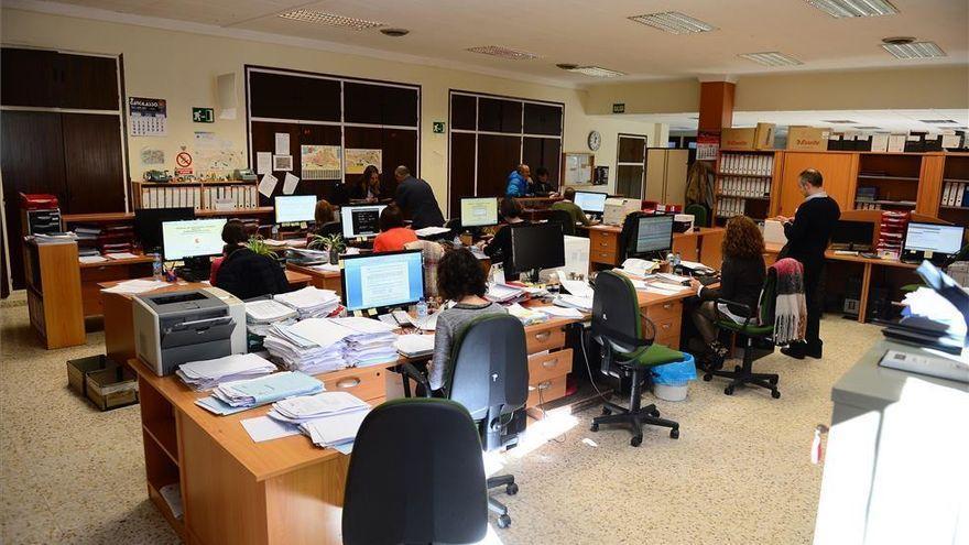 El Ayuntamiento de Plasencia ofertará 32 empleos entre este año y el próximo