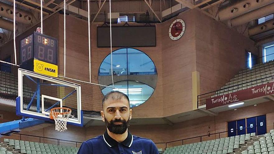 """Kostas Vasileiadis: """"Los jugadores tienen más cabeza con los años"""""""