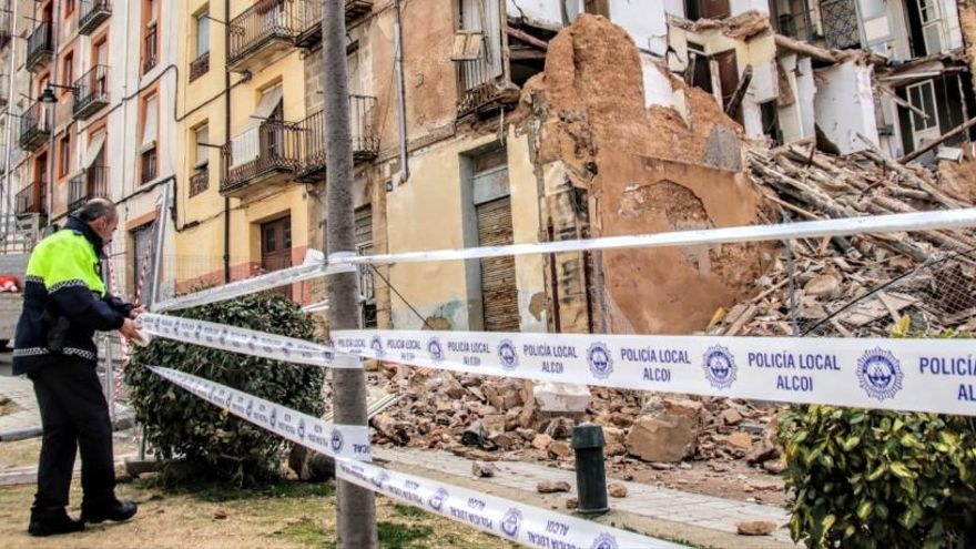 Nuevo desplome de una casa en el casco antiguo de Alcoy