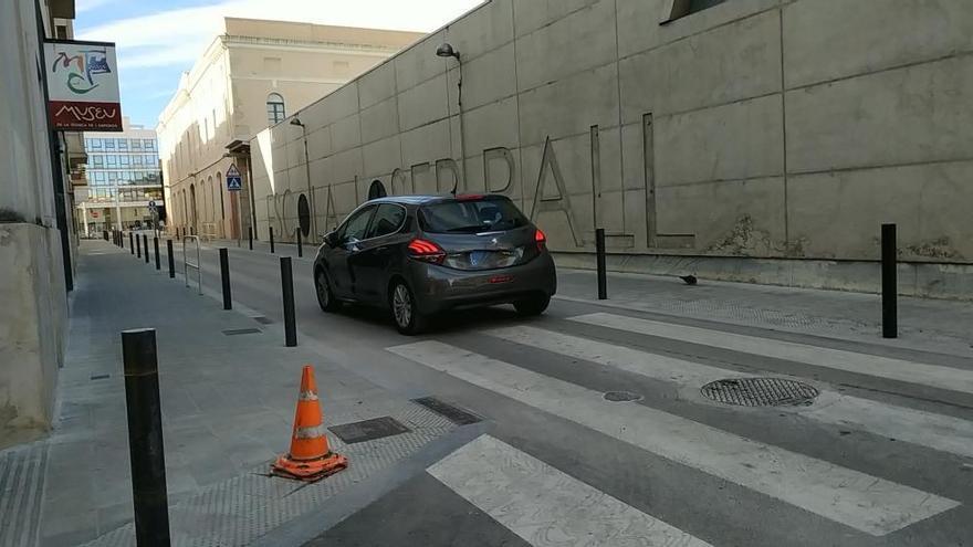Figueres retorna el sentit de circulació habitual al carrer Fossos fins a l'Escorxador