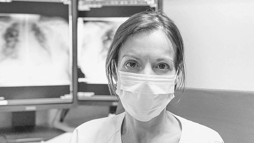 """La muestra """"Ángeles: las mil caras del covid"""" se expone en el Hospital de Riaño"""