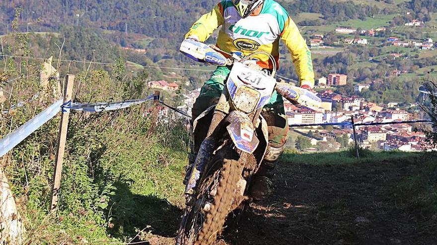 Carlos Moreiras llega líder a la última prueba del Campeonato de España