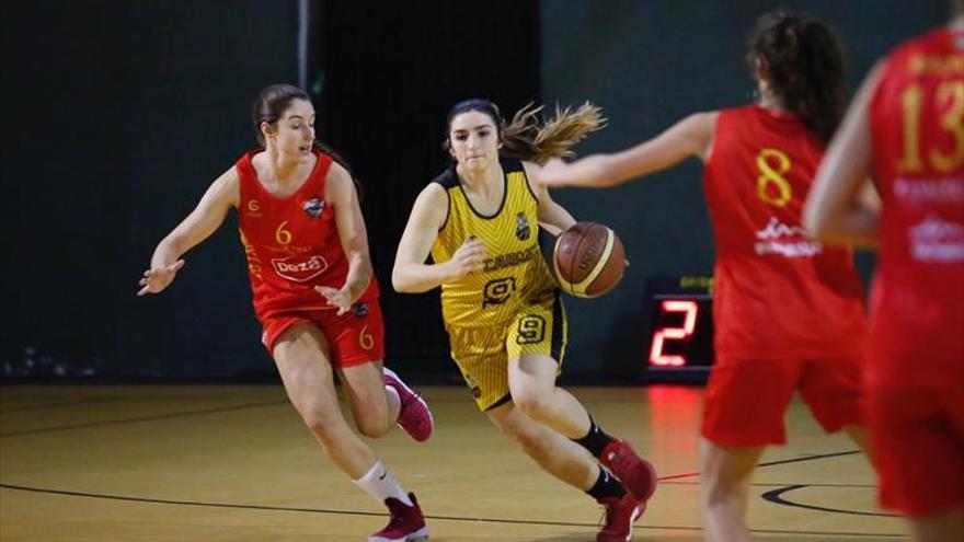 Clara Cáceres da el salto a la élite del baloncesto al fichar por el Bembibre