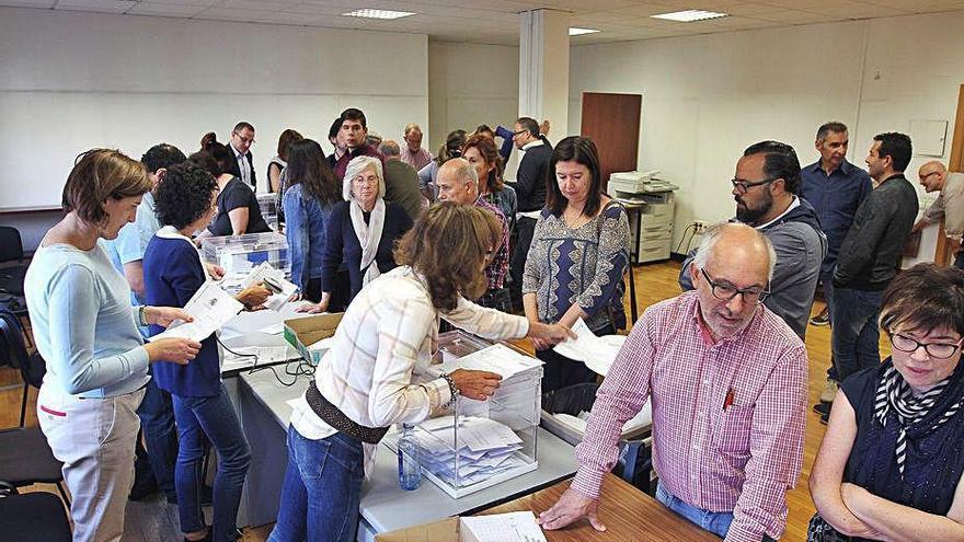 Las peticiones de la diáspora para votar caen al nivel más bajo: casi la mitad que en 2016