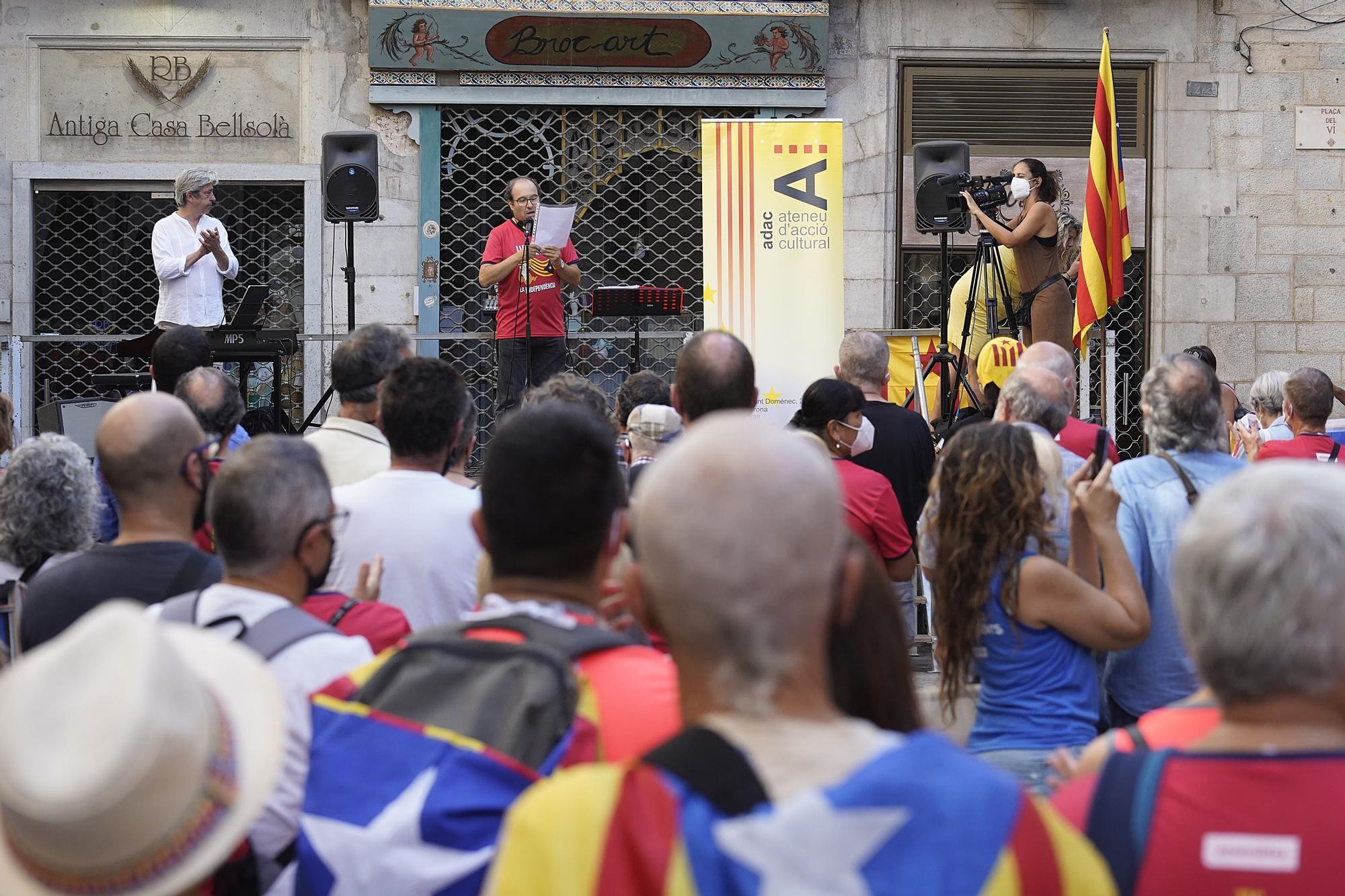L'acte del manifest de l'11-S a Girona, en fotos