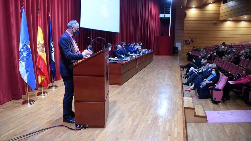 Inauguración del congreso sobre Emilia Pardo Bazán en el rectorado