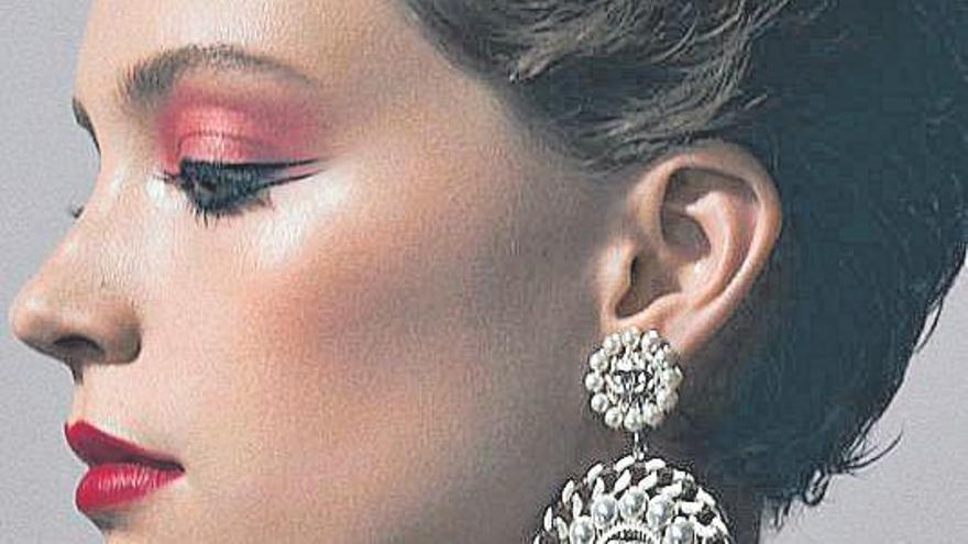 Sombras & Pliegues | Esta primavera aplica blush a tus mejillas