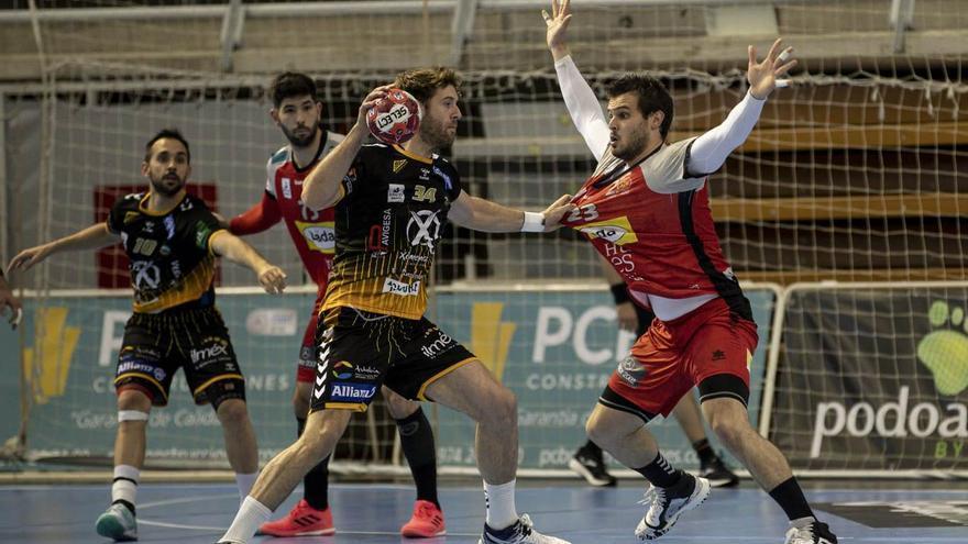 El Huesca acaba con la racha del Ángel Ximénez