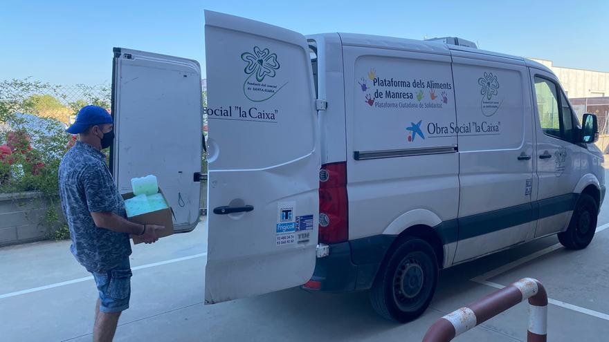 L'ICS Catalunya Central dona 300 acumuladors tèrmics a la plataforma d'aliments de Manresa