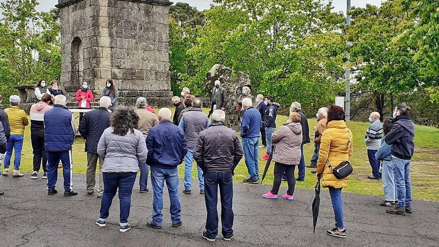 Vecinos de Ponte Caldelas inician acciones contra la instalación de eólicas