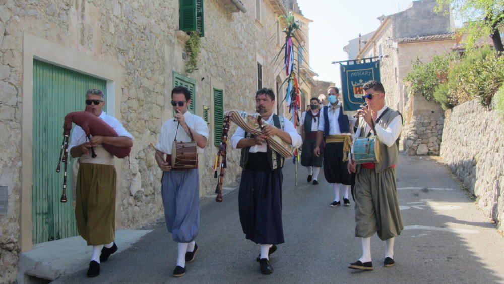 Moscari celebra la 'festa des fadrí'