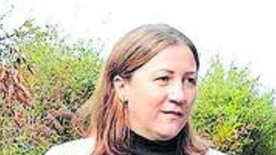 Tormenta política al conocerse que la alcaldesa de Boimorto se vacunó