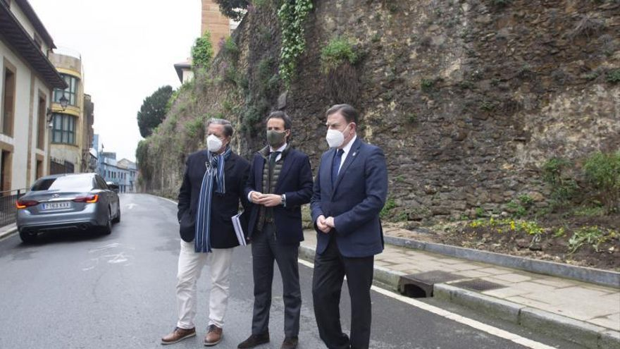 La ansiada rehabilitación de la muralla de Oviedo echa a andar tras cuatro años de espera