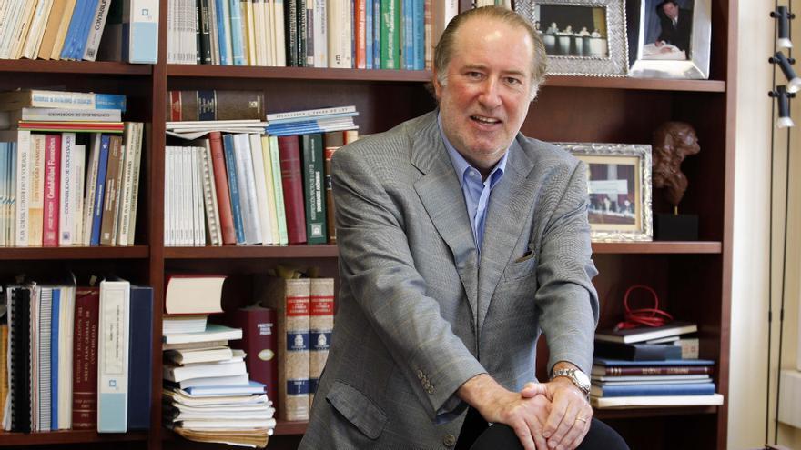 El professor d'Economia Financera i Comptabilitat de la Universitat de Barcelona i tertulià de televisió, José María Gay de Liébana