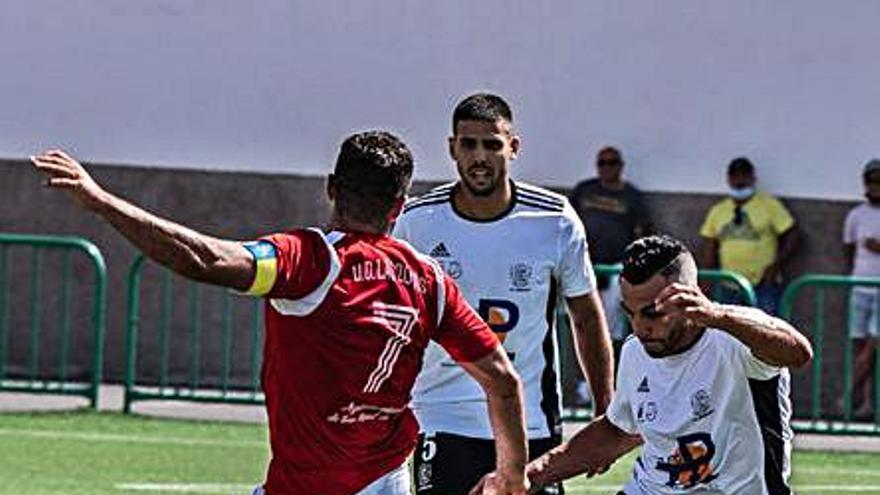 Las Zocas salva un empate en su visita a a Fuerteventura
