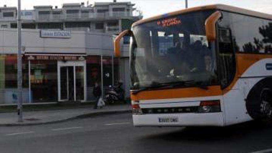 El PP culpa a Cacabelos de los problemas detectados con el transporte metropolitano
