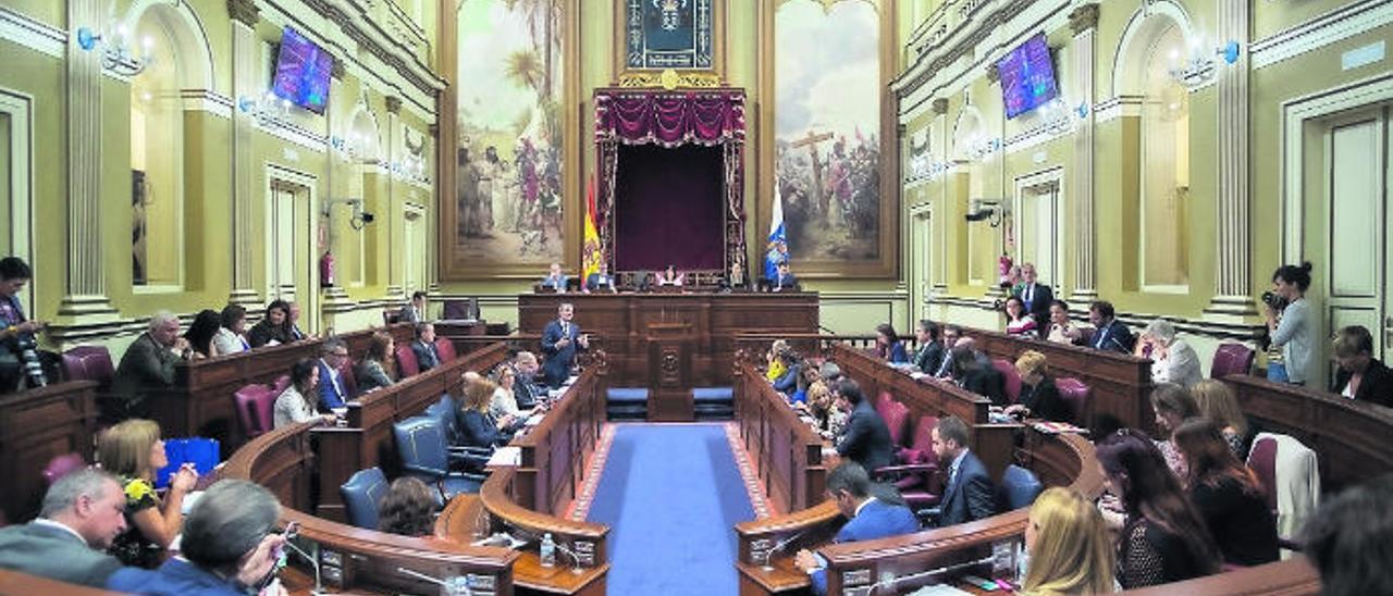 Canarias se juega un Estatuto de vanguardia tras 21 años sin tocarlo