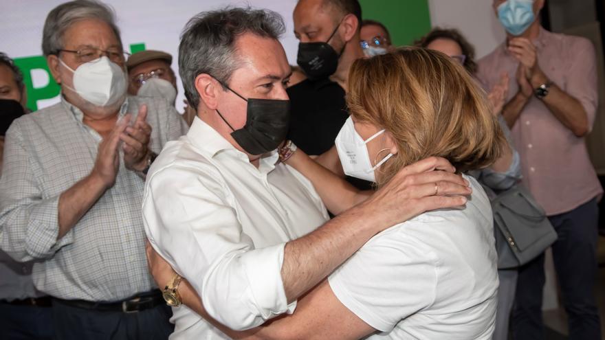 Espadas anuncia que gestionará el adiós de Díaz como líder del grupo socialista en la Junta