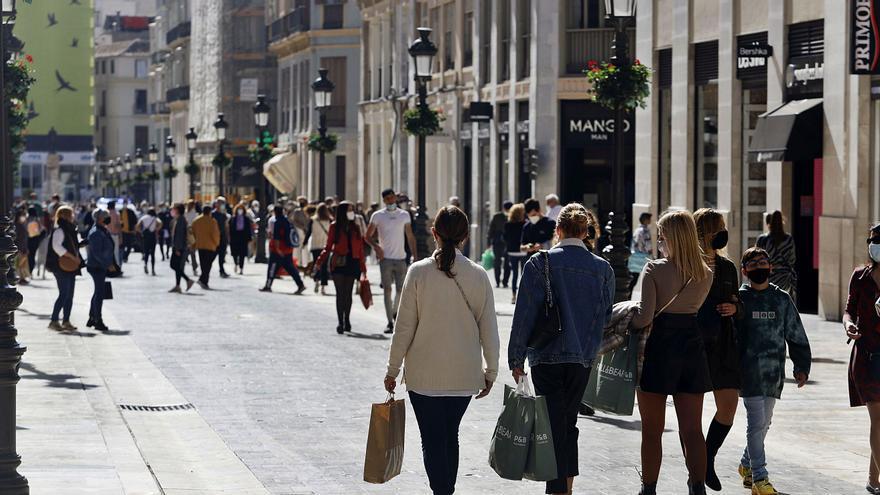 La crisis de suministros lastra a varios sectores de Málaga y amenaza  la campaña de Navidad