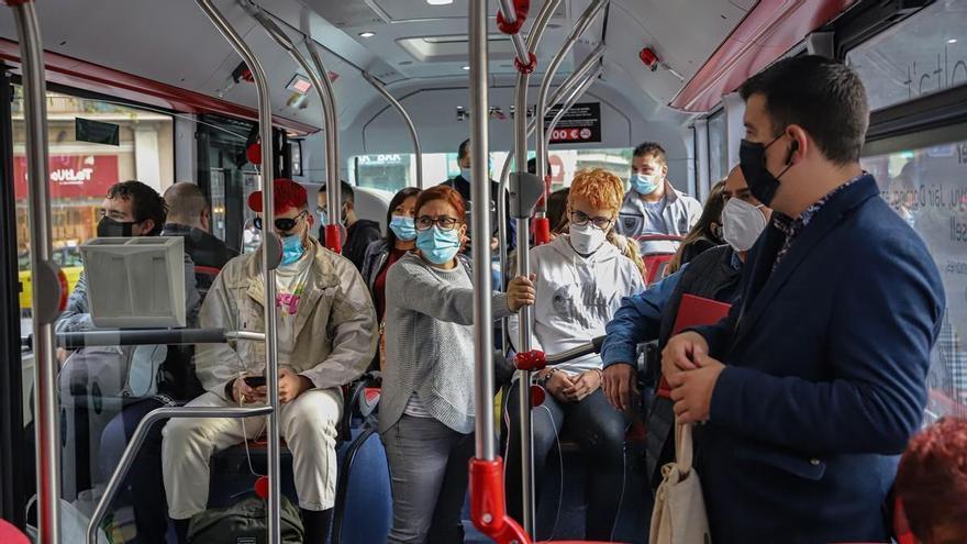¿Cómo evitar el contagio por covid-19 en el transporte público?