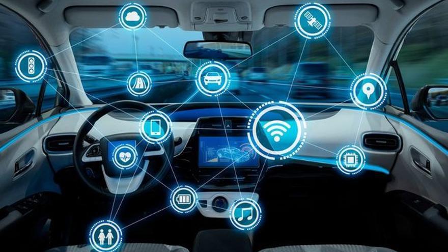 Primera reunión institucional en Barcelona para impulsar el coche conectado