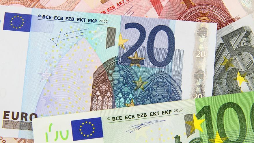 El govern espanyol proposa quotes d'autònoms d'entre 90 i 1.220 euros en el nou sistema per ingressos reals