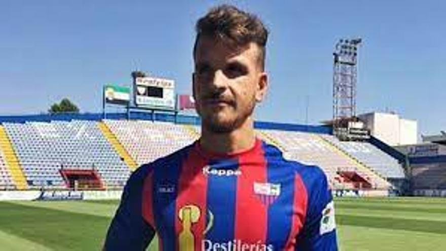 El Badajoz apuntala su defensa con Jilmar y Pardo