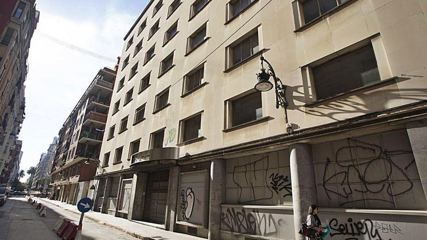 El Govern del Rialto «vigilante», sobre el nuevo hospital