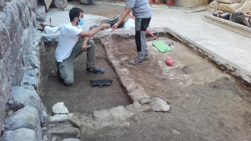 S'inicien les excavacions al costat sud de la Basílica de Castelló d'Empúries