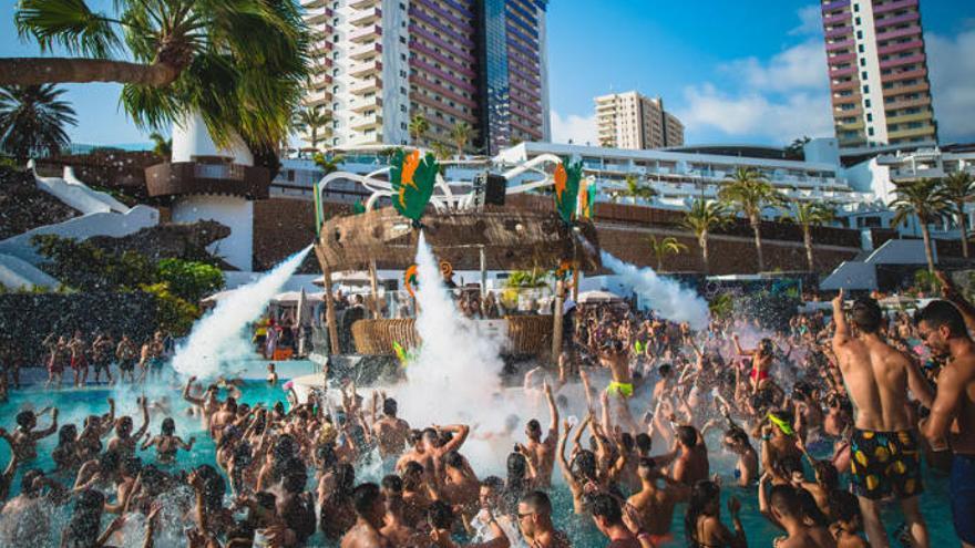 Erick Morillo hace vibrar la 'Lagoon Party' en Tenerife