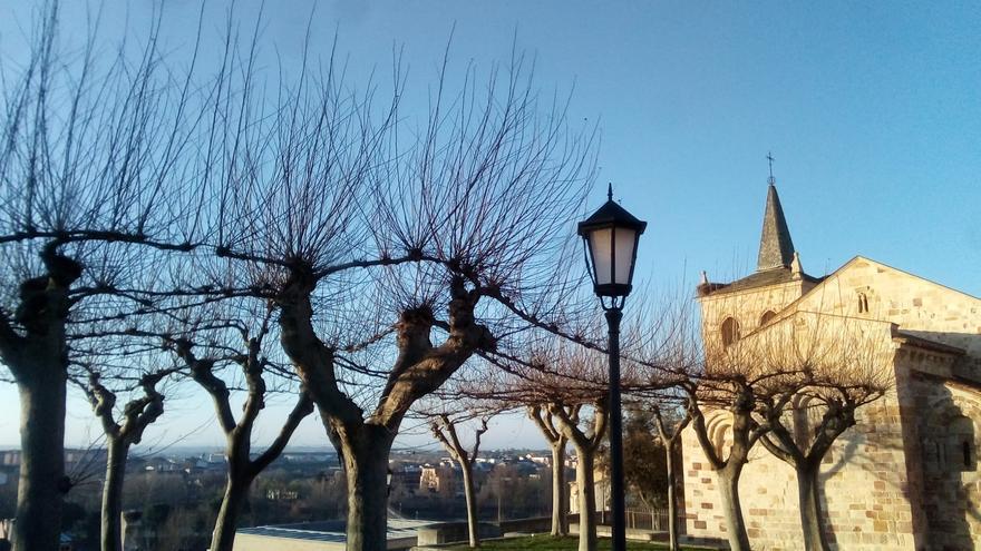 El tiempo en Zamora hoy, domingo | Sol y lluvias débiles dispersas para terminar la semana