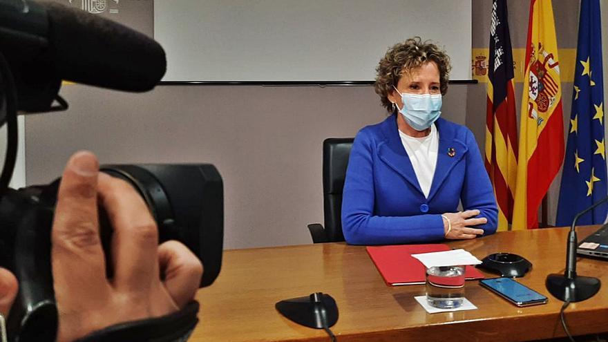 Aina Calvo niega que la inversión esté debajo de la media y critica el recurso por el REB