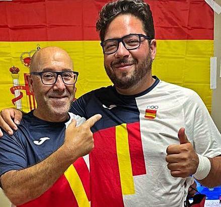 Con Alberto Fernández, oro en tiro.