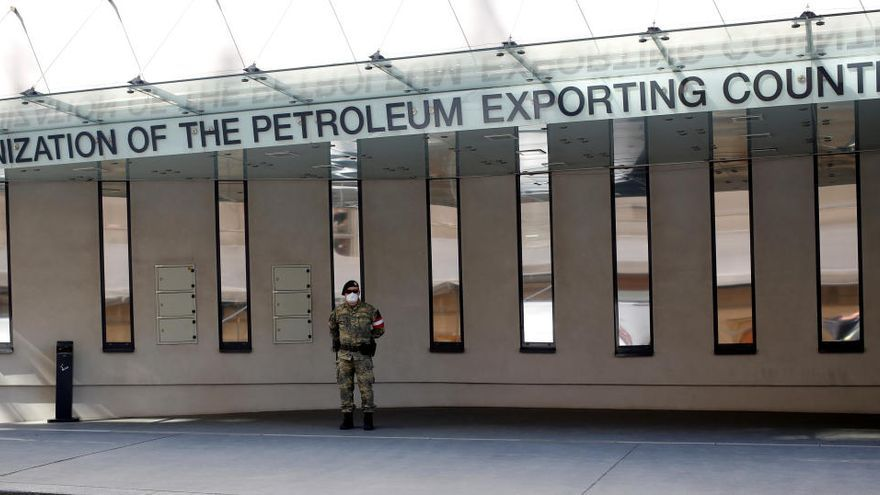Putin, Trump y el Rey saudí apoyan el acuerdo de la OPEP