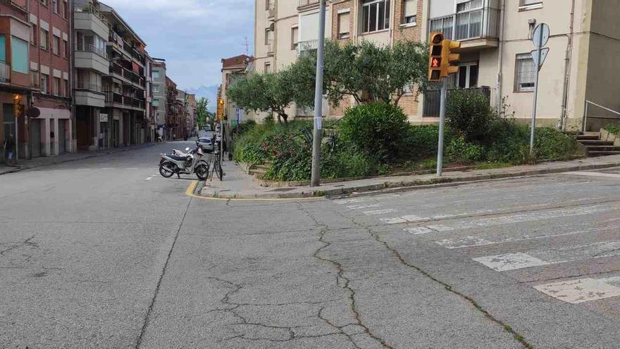 Milloren els itineraris de vianants en un tram de la carretera de Santpedor
