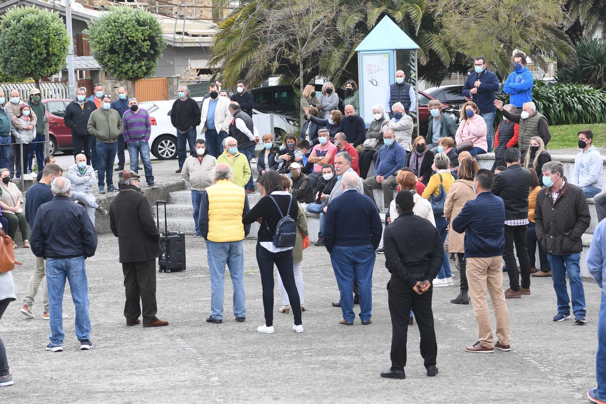 Protesta en Oleiros contra las restricciones a la hostelería