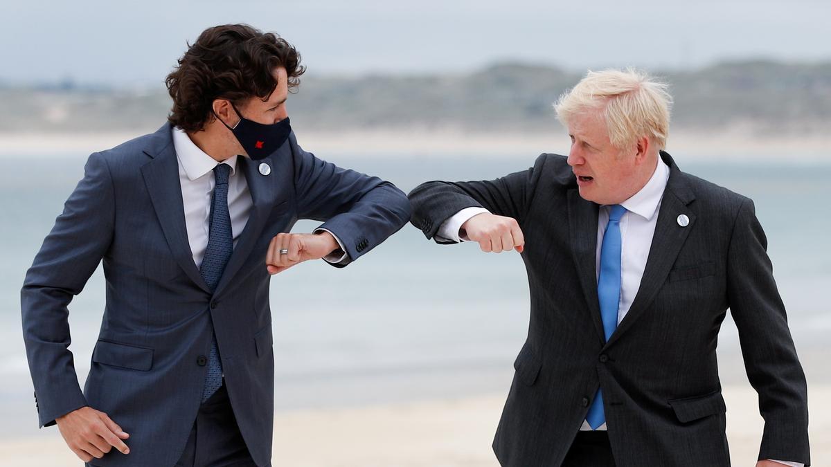 El primer ministro de Reino Unido, Boris Johnson, y el primer ministro de Candá, Justin Trudeau.