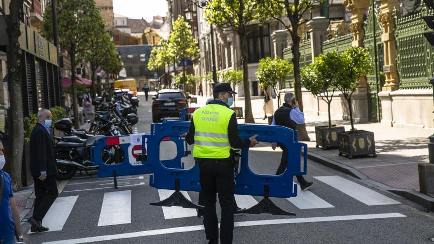 Limitar el aparcamiento, pero no el paso, al coche contaminante, la pretensión de Oviedo