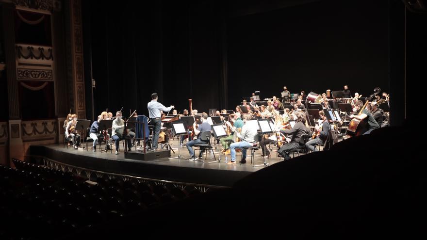 Las nóminas de los músicos de Oviedo Filarmonía, en peligro, denuncia el PSOE