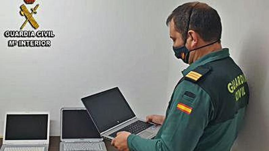 Detenido un vecino de Porriño por robar dos portátiles para venderlos