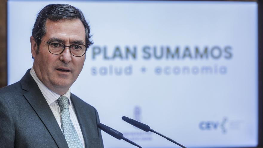 """La CEOE pide estabilidad y llama a la responsabilidad de """"todos los partidos"""""""
