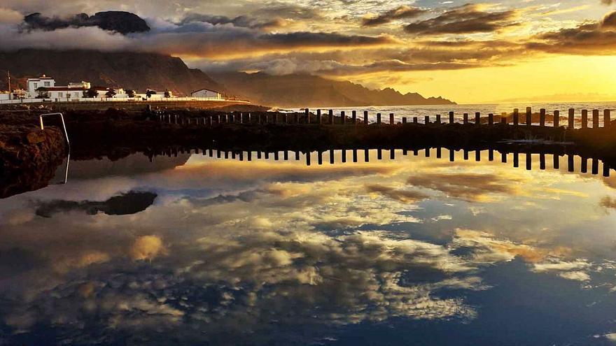 Canarias y la costa de los espejos