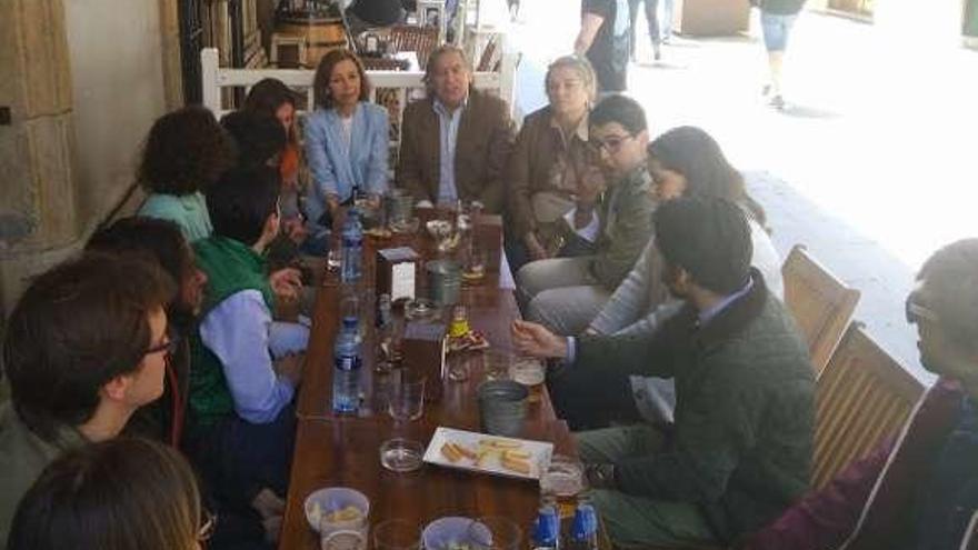 López-Asenjo ofrece autobús urbano gratuito hasta los 18 años