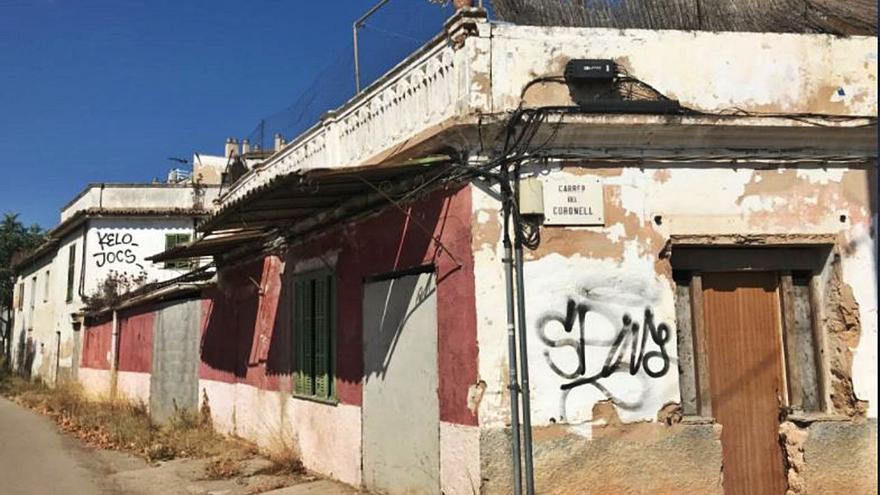 Reclaman la ampliación  del tramo de la calle Aragó entre Can Foradí y Can Roses