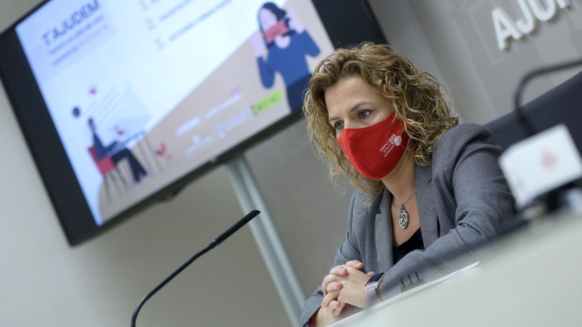 La concejala Pilar Bernabé